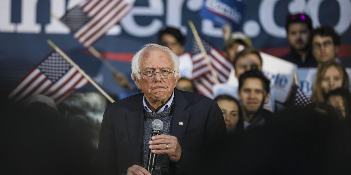 Sanders to be at Democratic debate following heart procedure