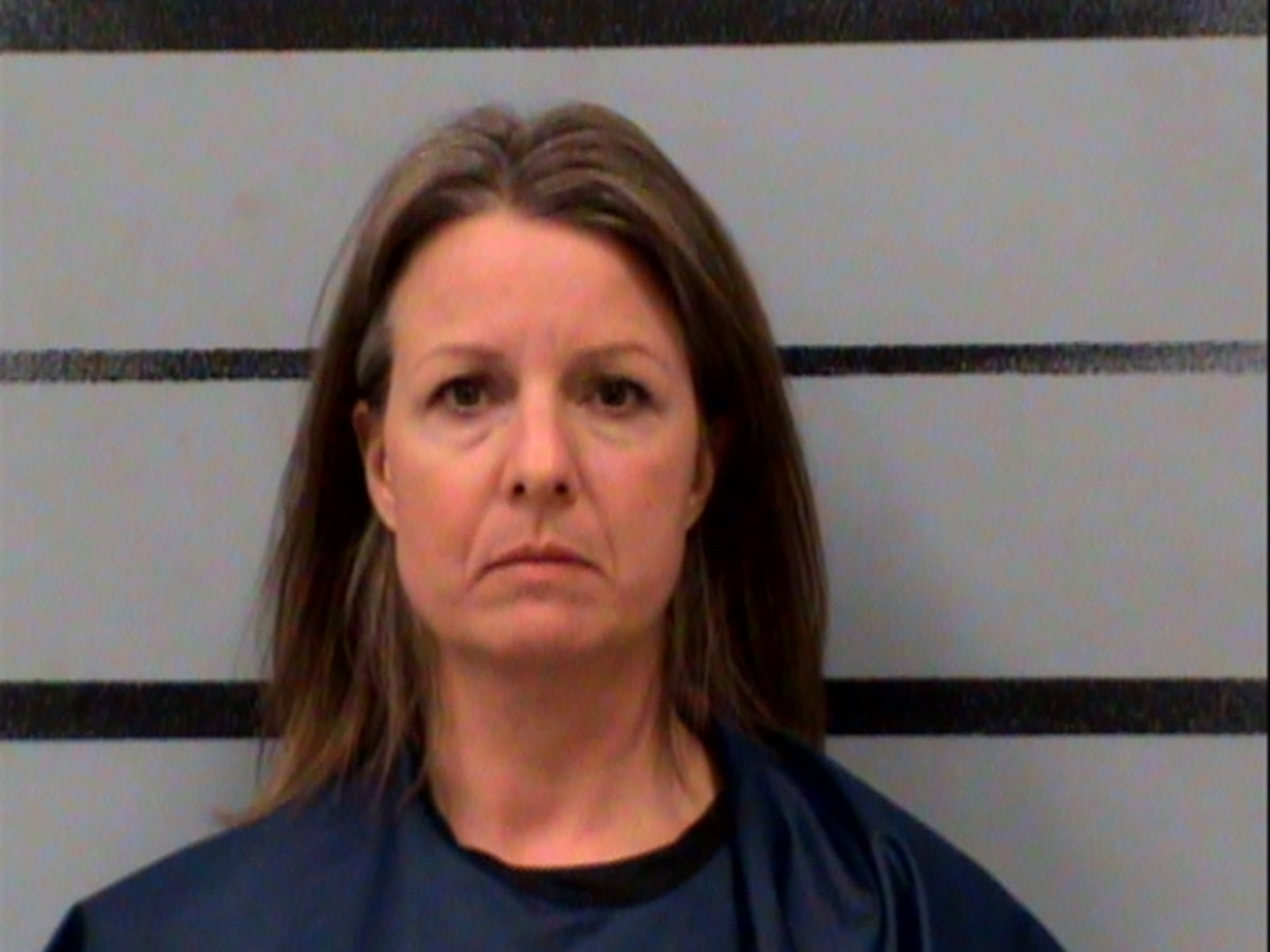 Levelland woman charged with negligent homicide in fatal Lubbock crash