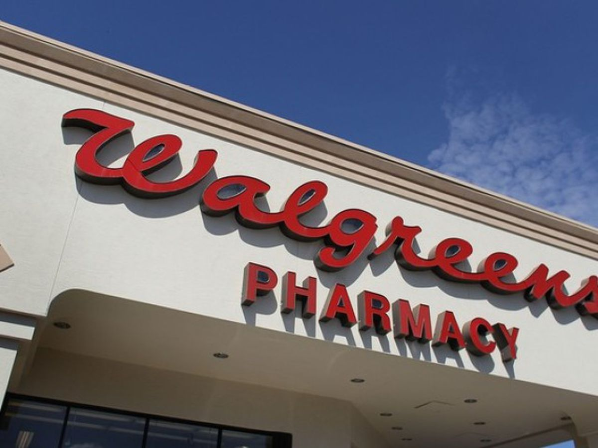 Free Walgreens drive-thru COVID-19 testing delayed until August 1