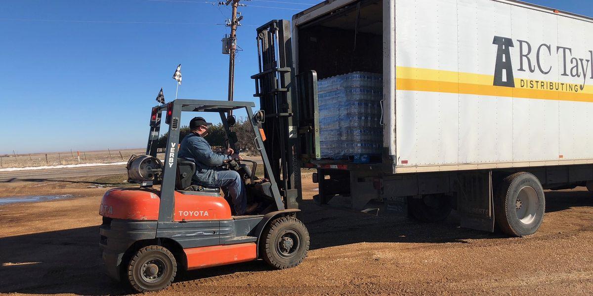 RC Taylor donates drinking water to Crosbyton, Post on Saturday