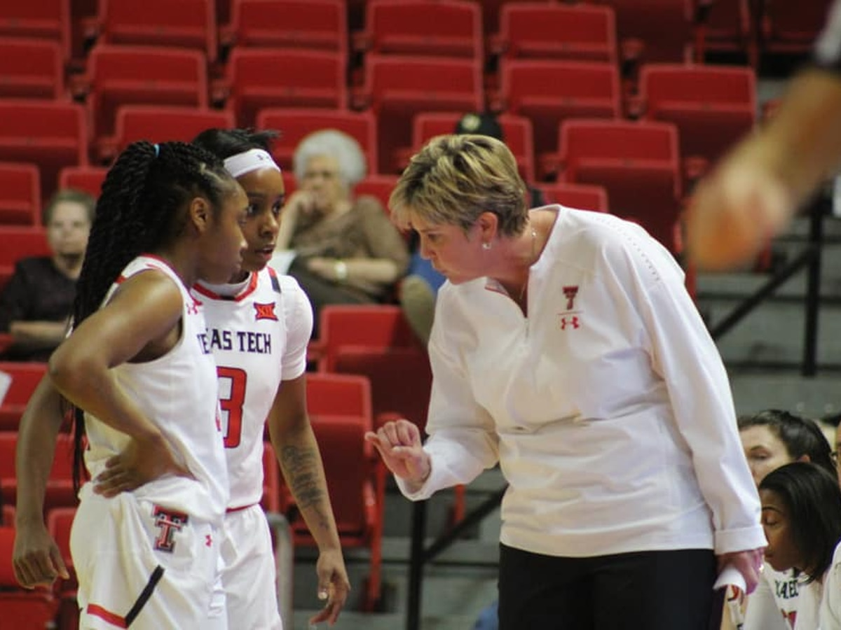 Lady Raiders top Kansas in Lawrence