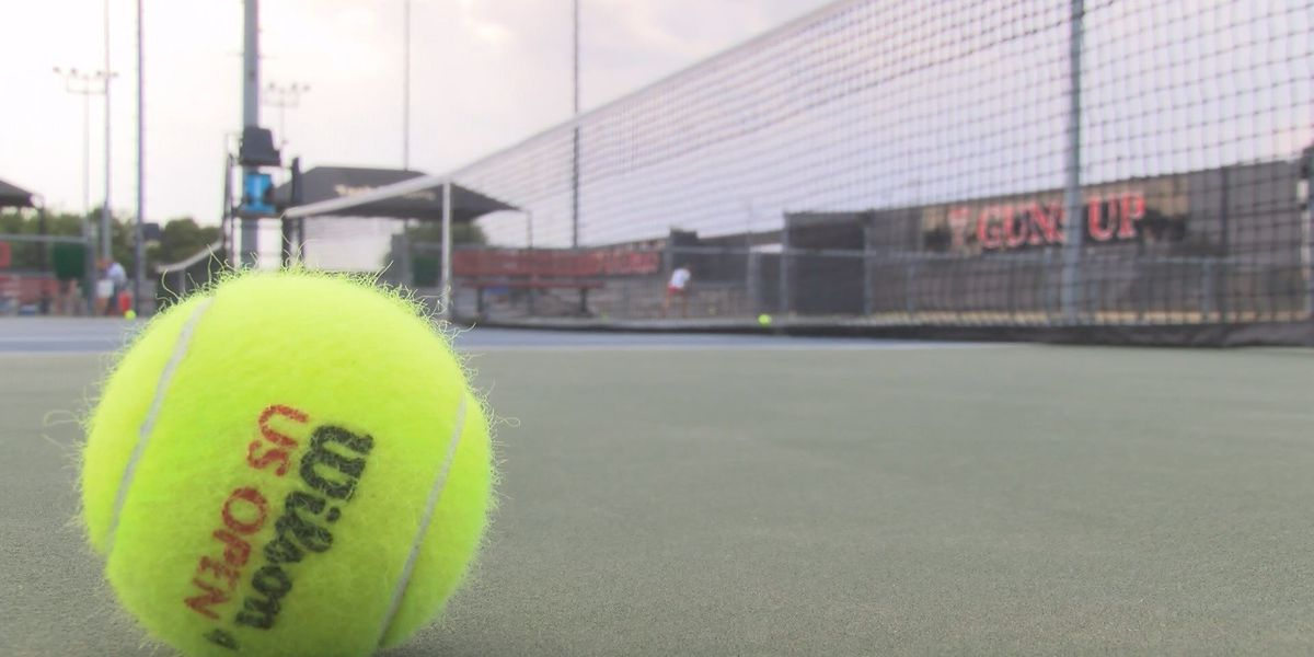 Lady Raiders tennis sweep Saint Mary's