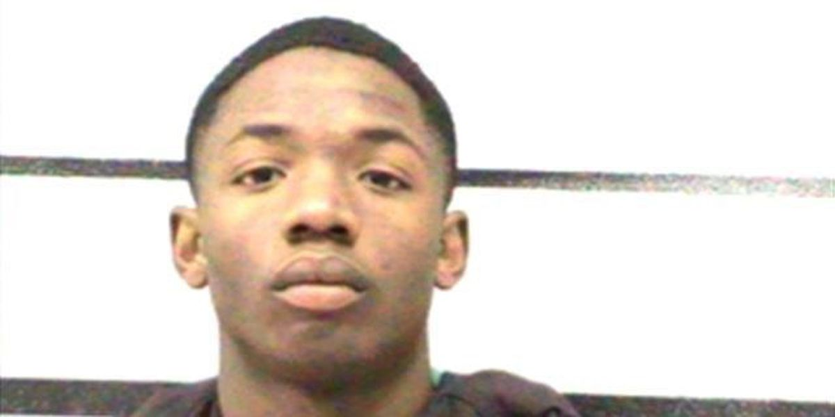 17-year-old indicted, charged with agg. robbery