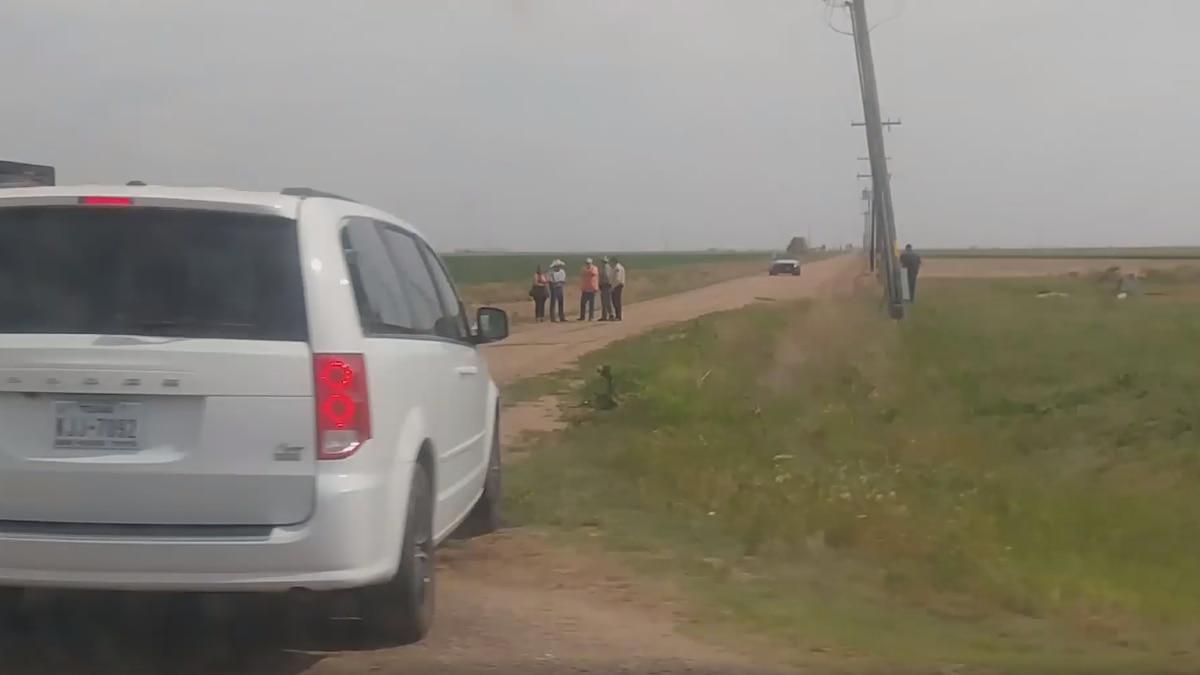 3 arrested after body found in ditch near Lockney