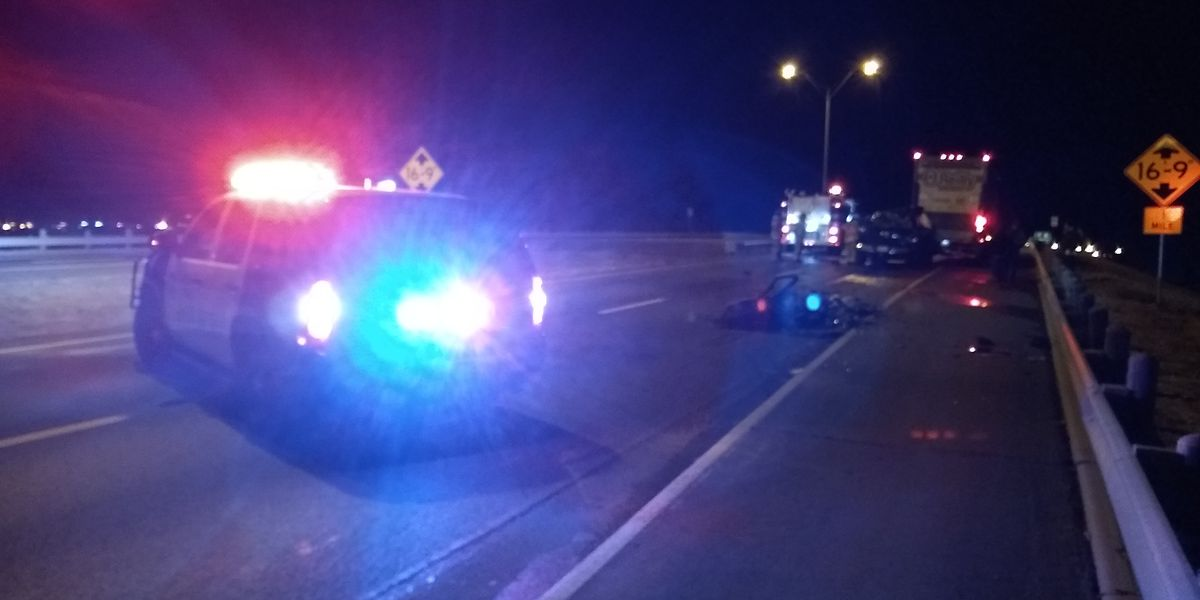 1 injured in pickup, semi collision at North Loop & University