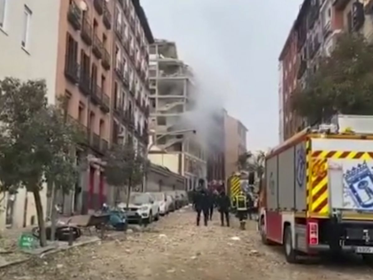 Gas explosion rips through Madrid building, killing 4