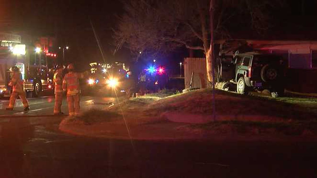 1 injured after crashing into house near 32nd Street, Quaker
