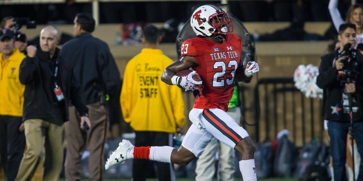 DaMarcus Fields wins Big XII Newcomer of the Week