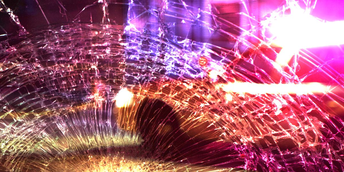 1 hospitalized after morning wreck near Idalou