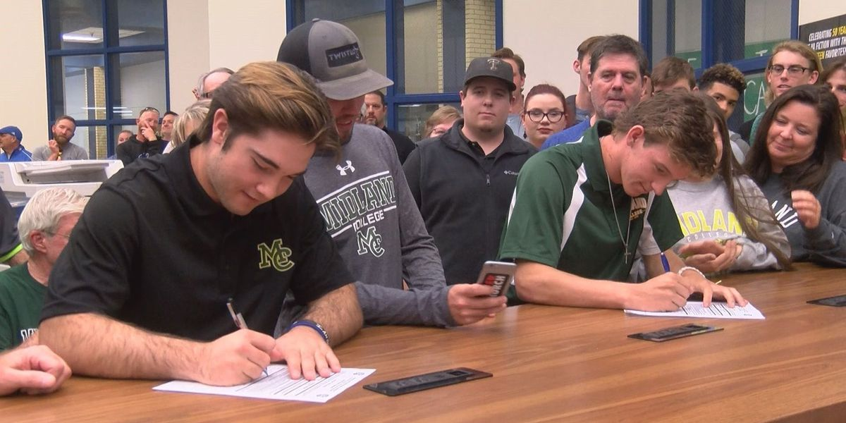 Frenship duo signs to play baseball with Midland College
