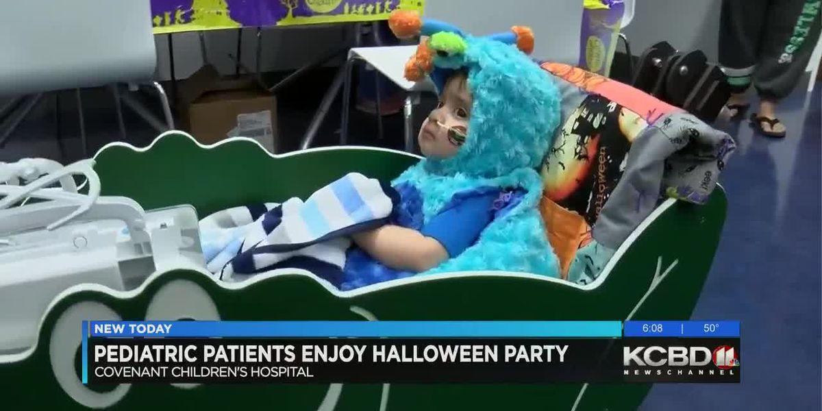 Pediatric patients get early start on Halloween celebrations