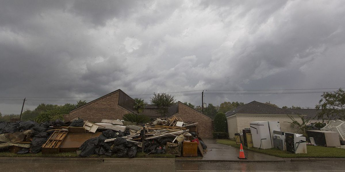 10 percent of Texans displaced by Harvey still haven't gone home, survey says