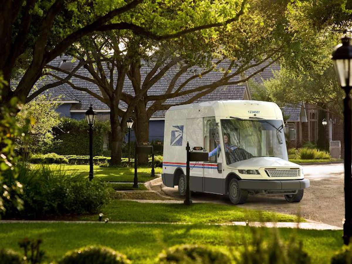 USPS reveals new, greener mail truck for use starting in 2023