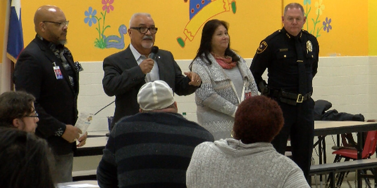 More than 100 Lubbock residents attend community engagement public forum