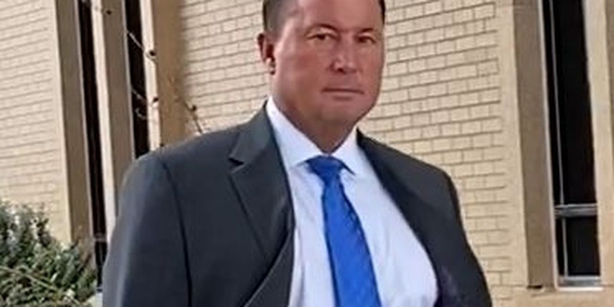 Bart Reagor indicted, charged with bank fraud, facing up to 90 years if convicted