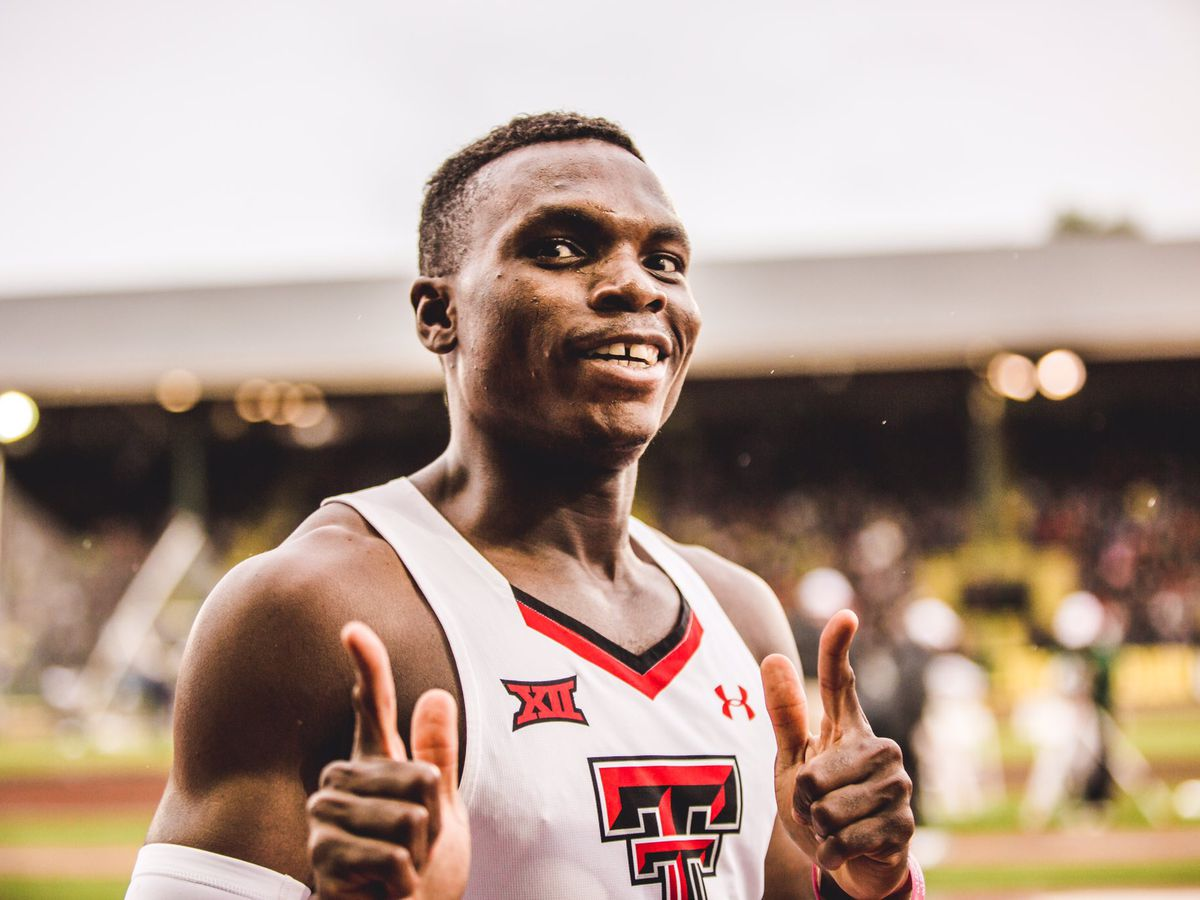 Oduduru Announces Decision to Turn Pro