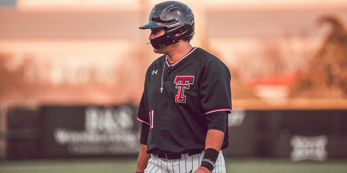 No. 11 Red Raiders Split Midweek Series at New Mexico