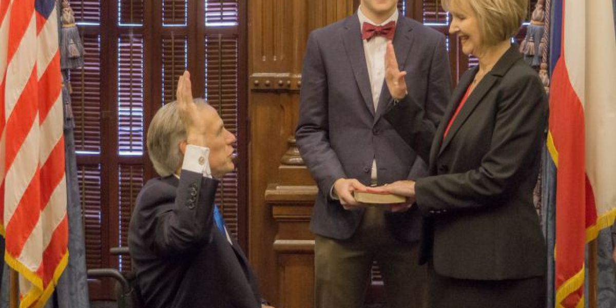 Governor Greg Abbott Administers the Oath of Office to Justice Judy Parker