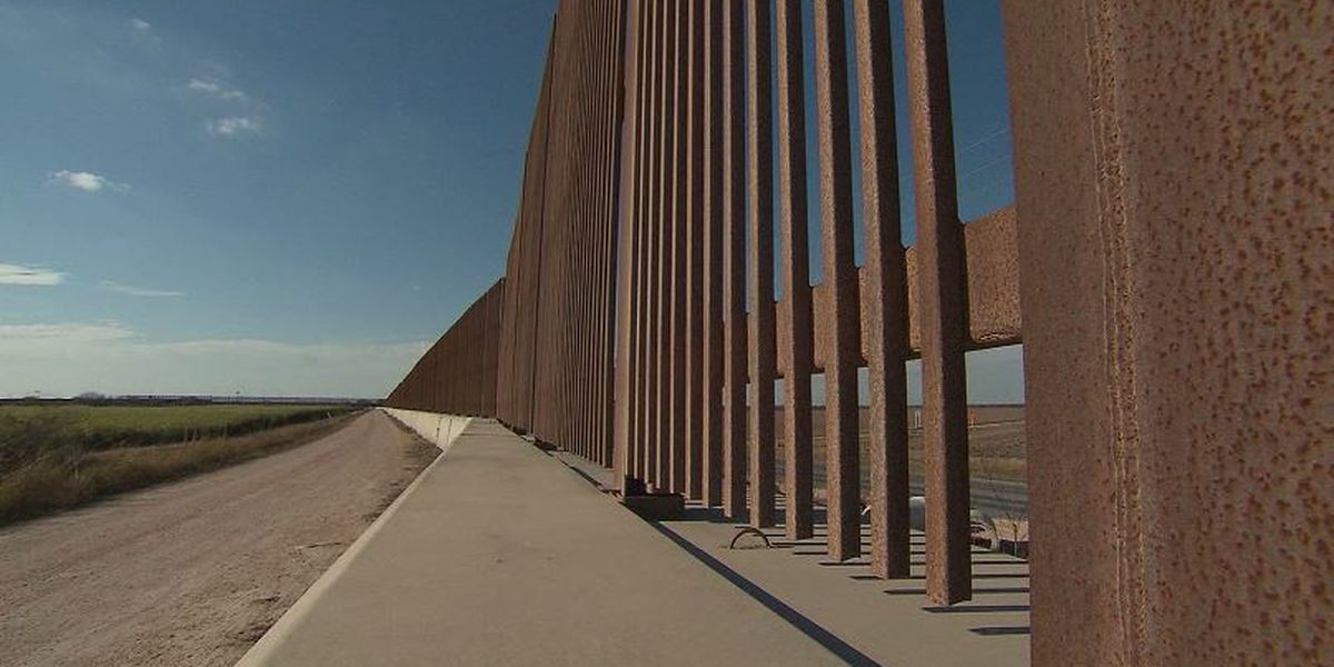 Border wall fundraiser claims new construction in Texas