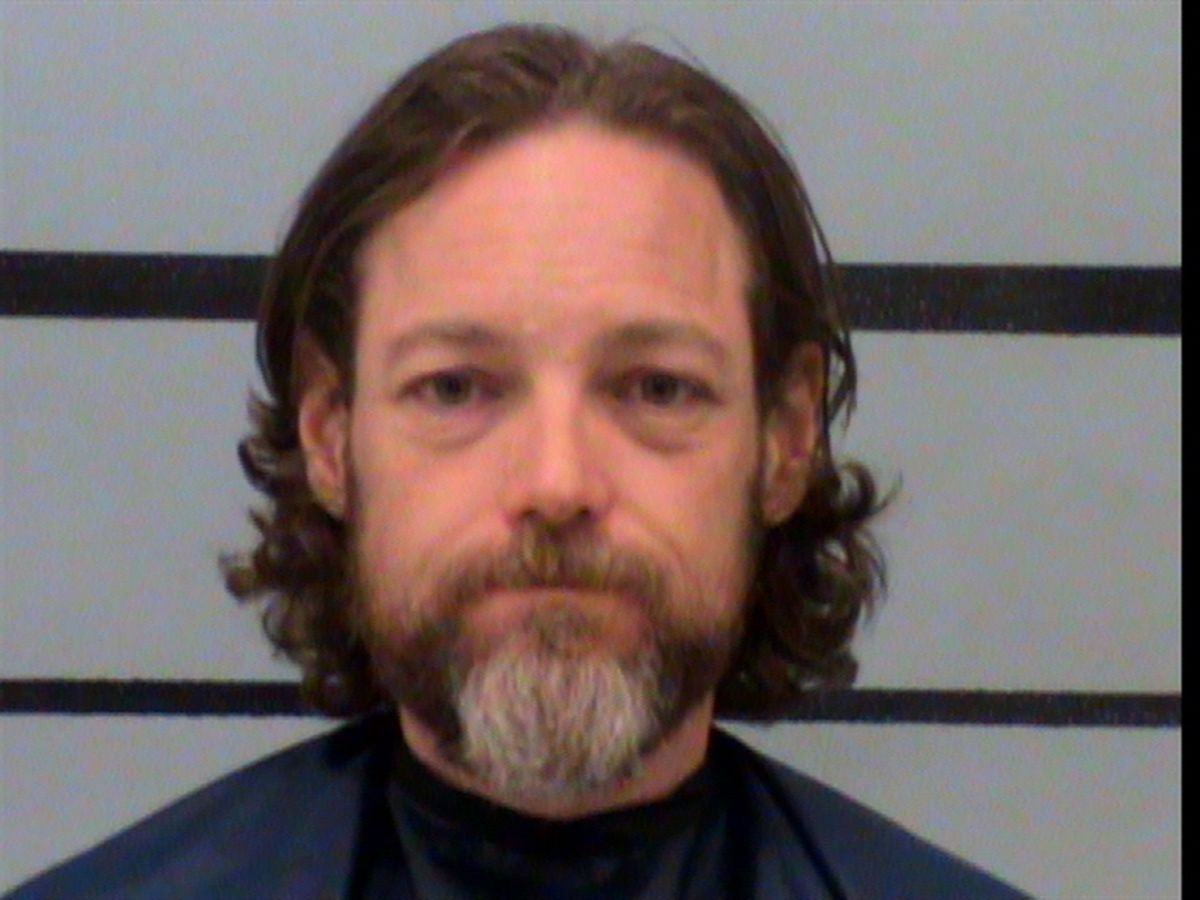 Former Lubbock teacher indicted on charges of improper relationship with a student
