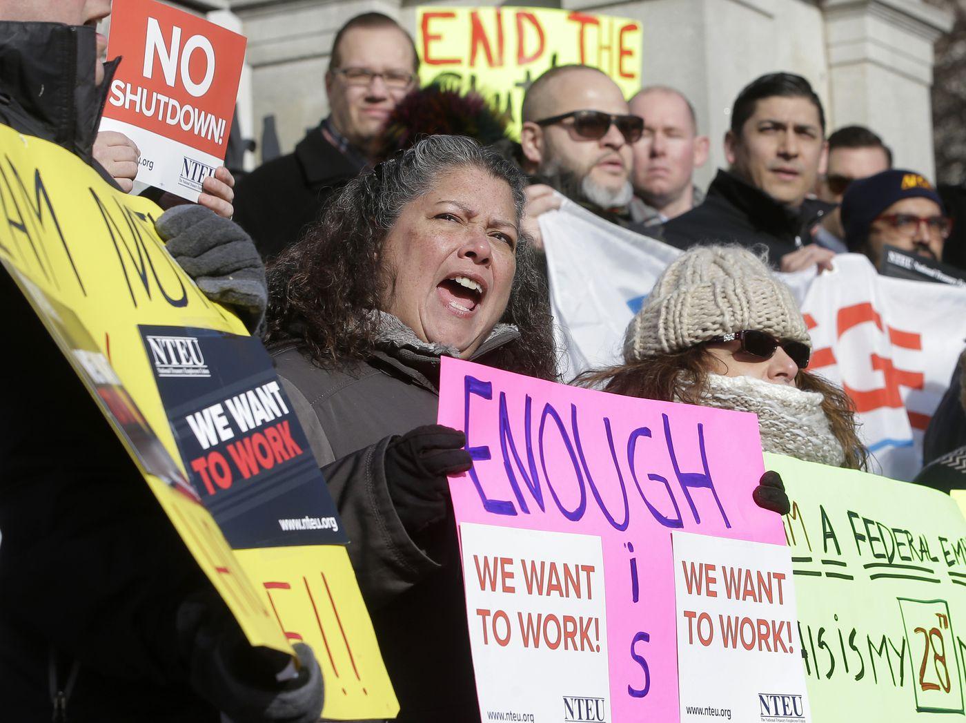 As shutdown reaches 30 days, Democrats aren't buying Trump's impasse-ending 'compromise'
