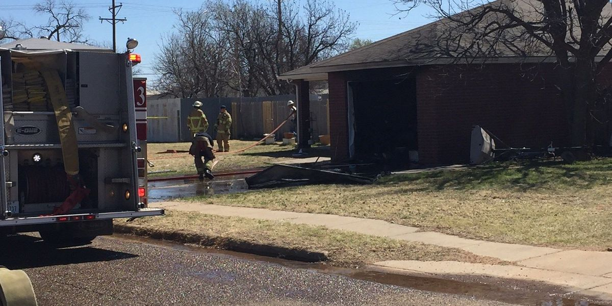 Firefighters put out house fire near Rawls Golf Course