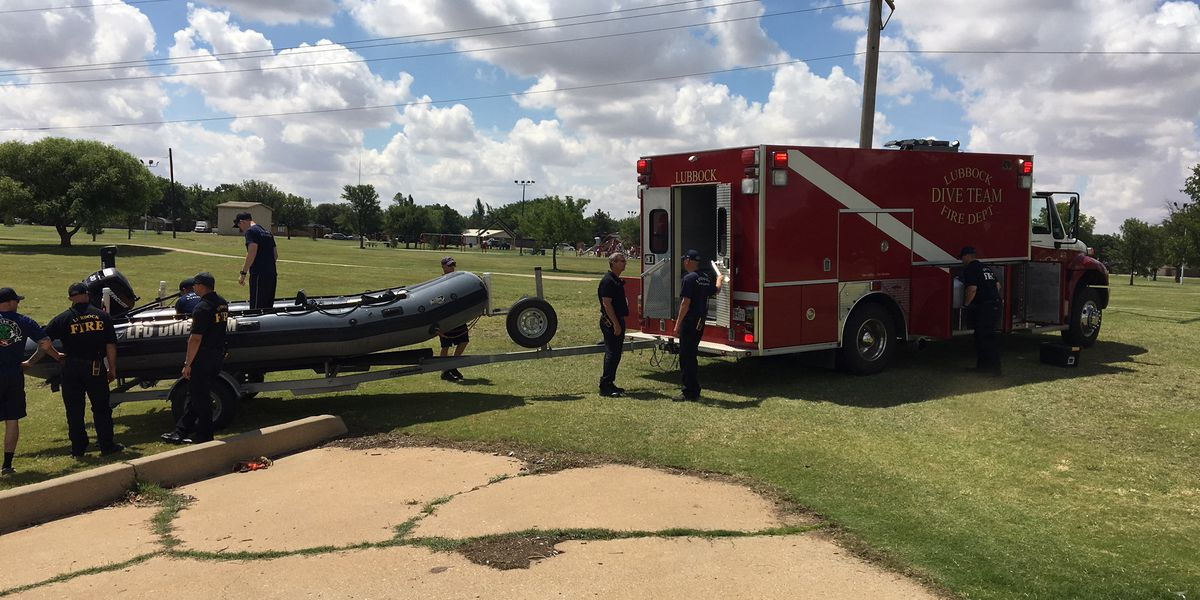 Lubbock Fire Rescue searches lake at Miller Park after unoccupied vehicle pulled from water