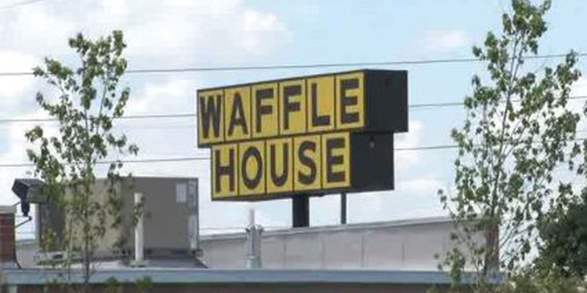 Angry Waffle House customer throws soda in cashier's face, sheriff says