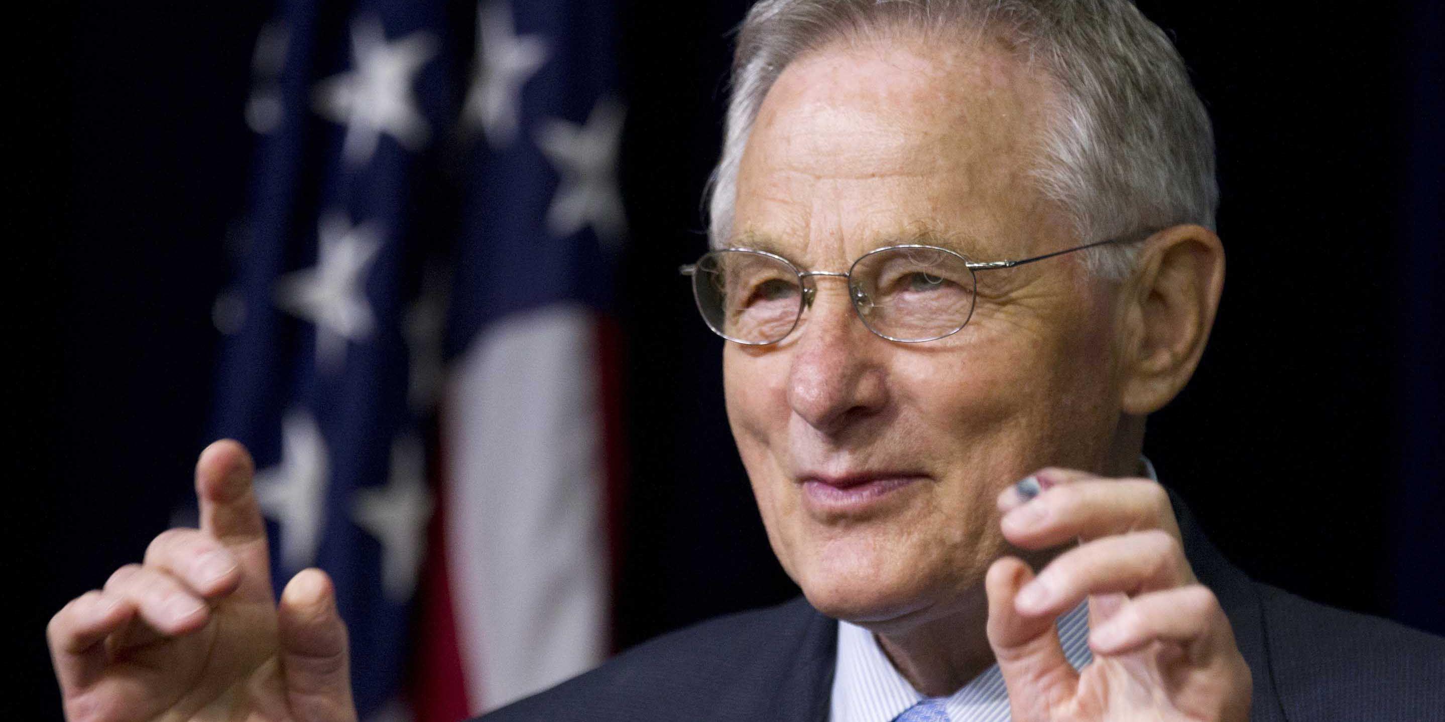 Sen. Birch Bayh, author of Title IX law, dies at age 91