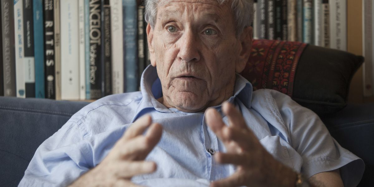 Acclaimed author Amos Oz dies at 79