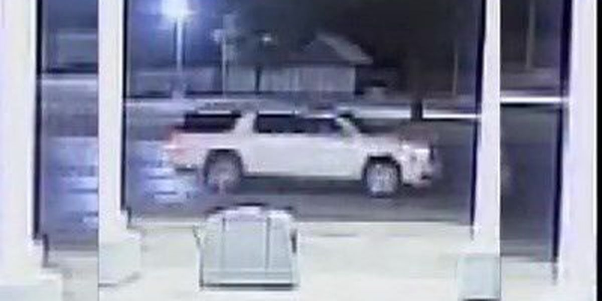 Lubbock police searching for suspect in hit & run accident