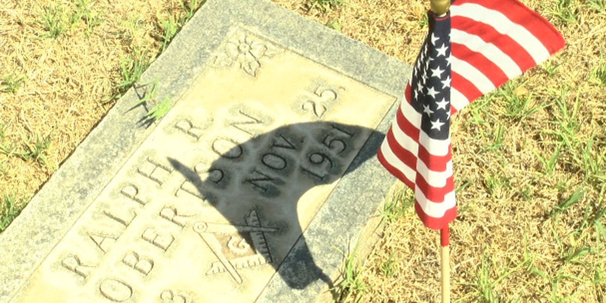 Lubbock honors fallen heroes at Memorial Day services