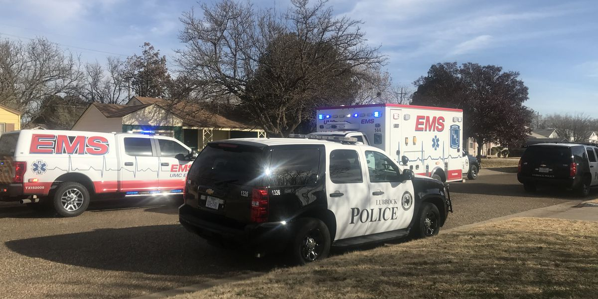 Resident injured in shooting after finding intruder inside his house; suspect still at large