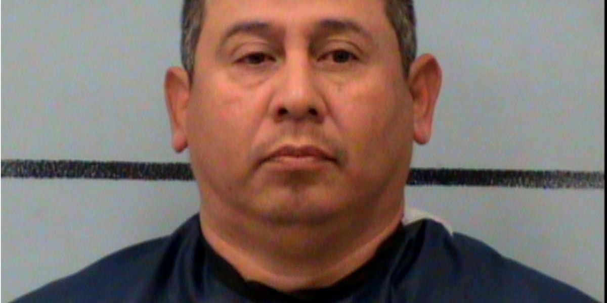 Lubbock jury indicts man on a charge of solicitation of prostitution with person younger than 18