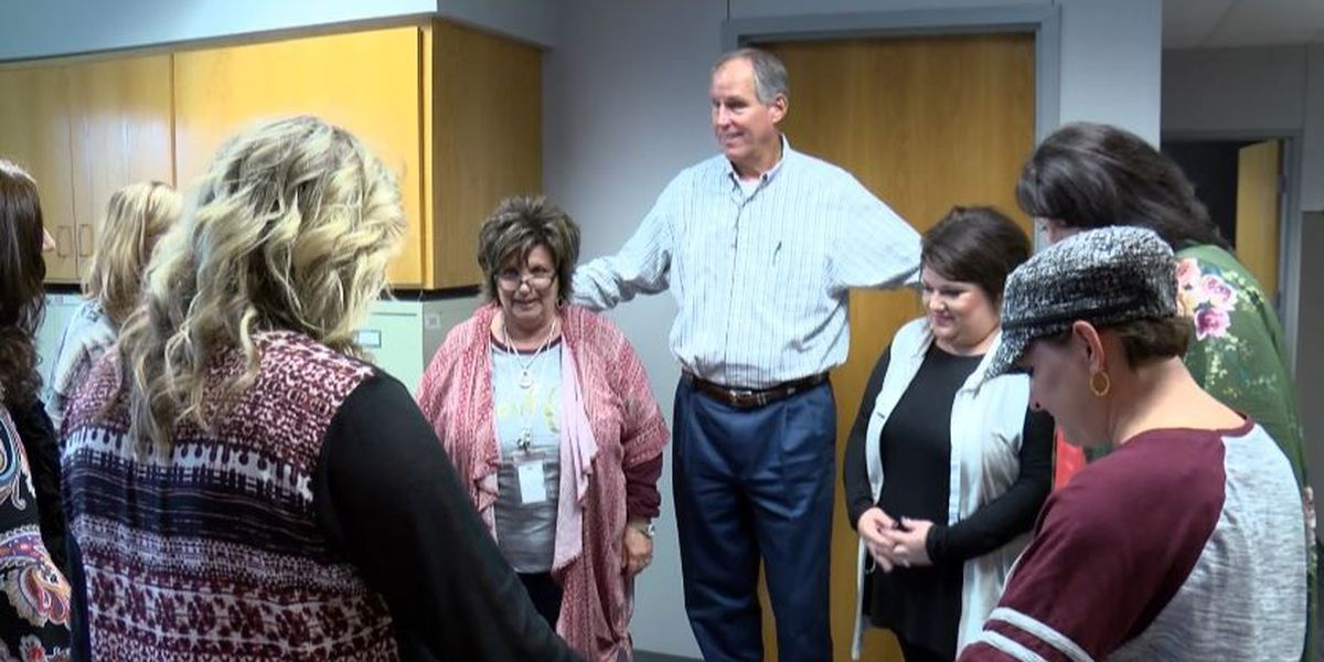 Former TTU football star meets the Lubbock-Cooper ISD staff who saved his life