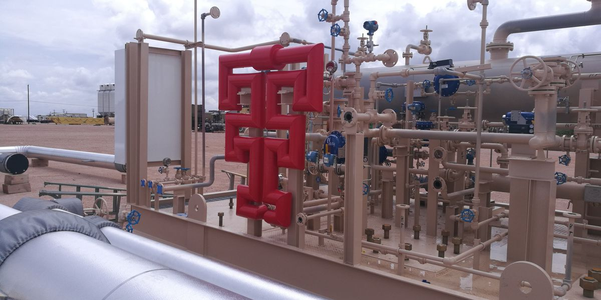 Texas Tech installs unique distillation tower for Engineering student training