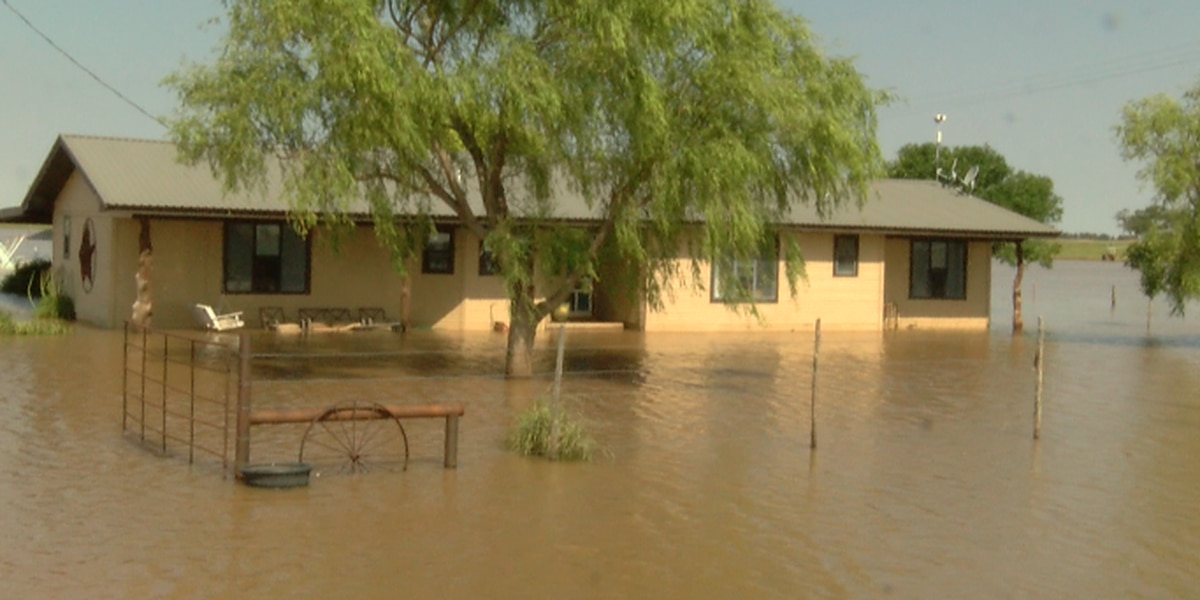 New Deal family thankful for community support after severe flooding at family home