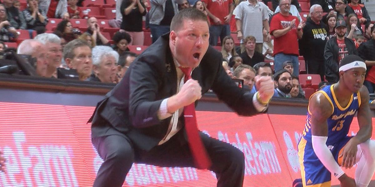 """Chris Beard to be featured in """"NCAA Men of March"""" series"""