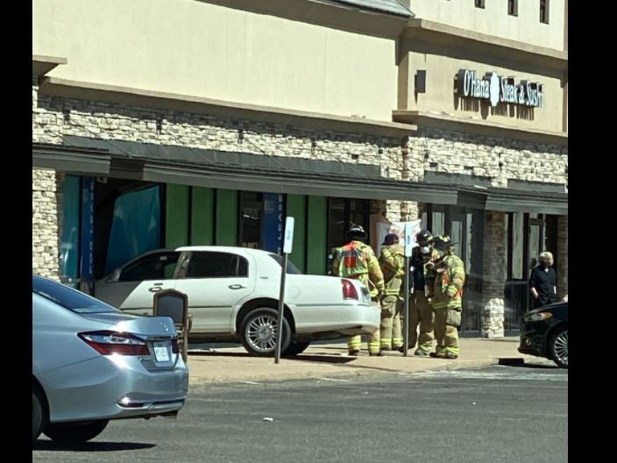 Vehicle crashes into building on 4th Street Wednesday afternoon