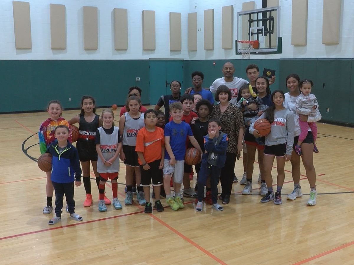 Pay It Forward: Lubbock youth basketball coaches nominated for program