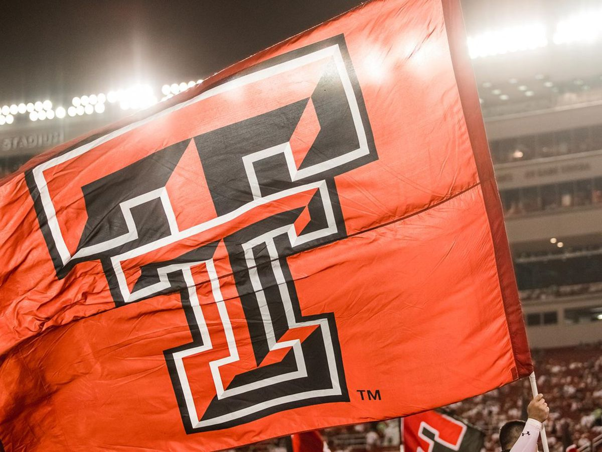 Texas Tech faces first road test at Arizona