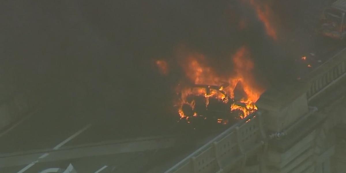 1 dead, 5 injured after cars burst into flames on Brooklyn Bridge