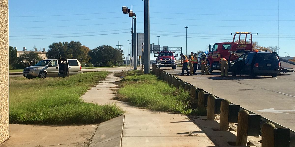 Serious injuries reported in accident at I27 & Slaton Road