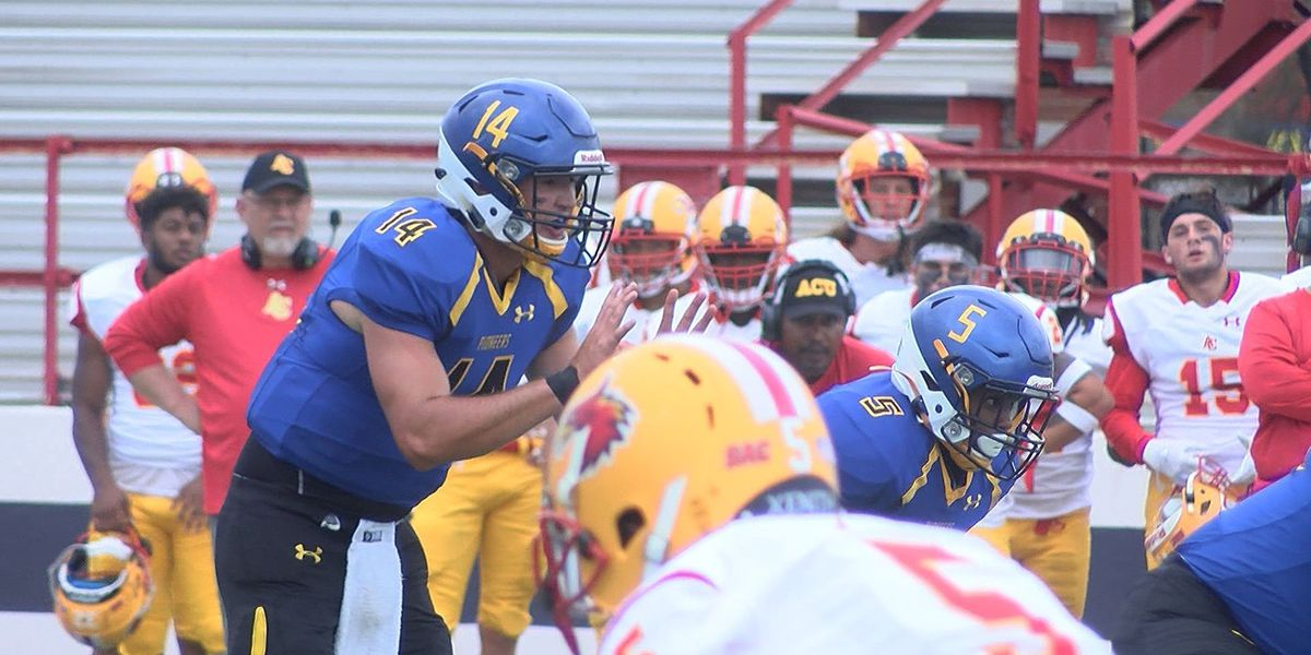 Wayland Baptist Football falls in SAC opener