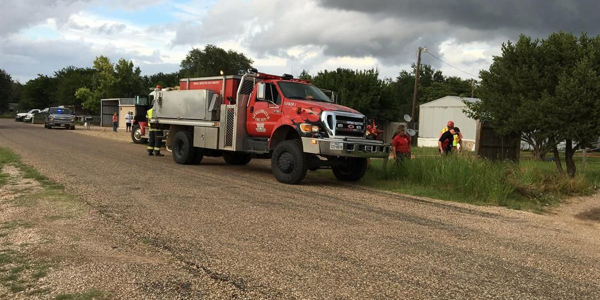 Fire rescue responds to Shallowater trailer fire