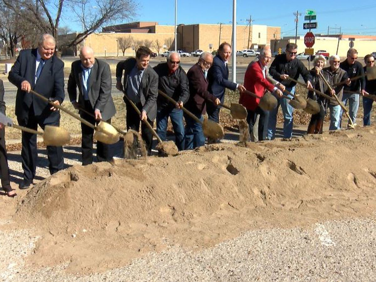 Groundbreaking for new downtown Graduate Student Housing