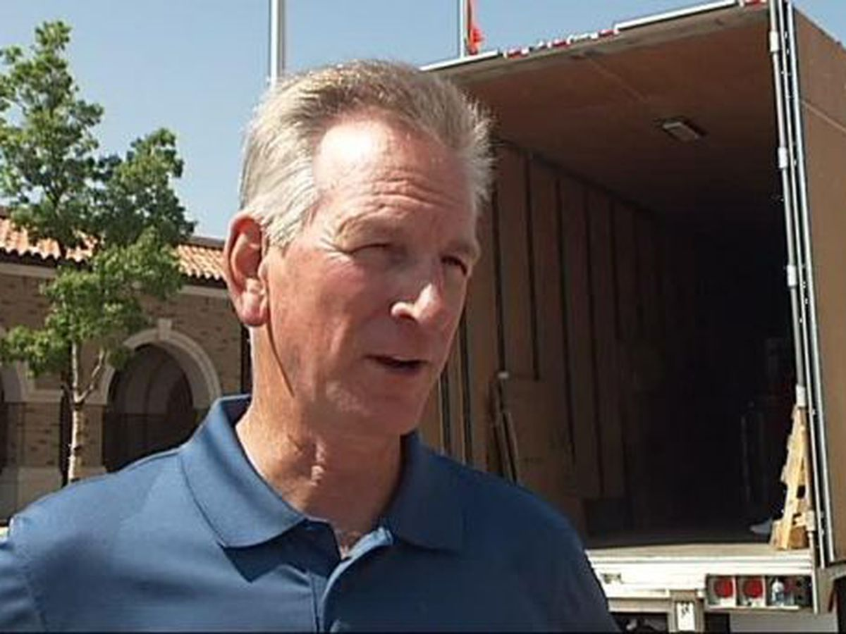 President Trump endorses former Texas Tech coach Tommy Tuberville in AL Senate runoff race
