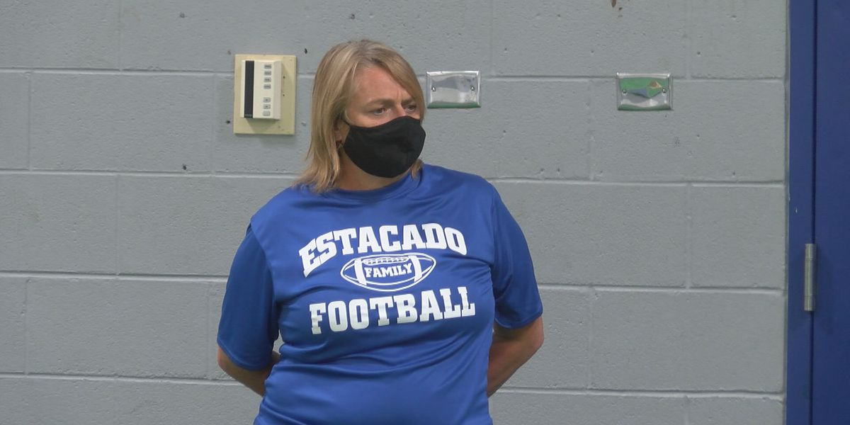 Teeter named first female football coach in Lubbock ISD