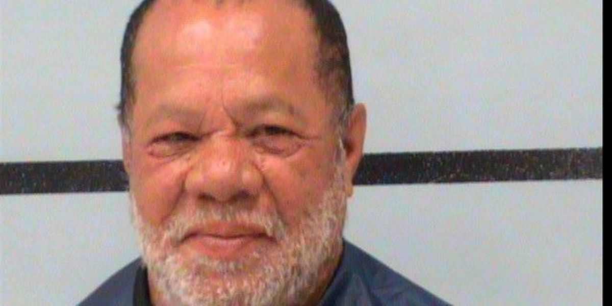 Charged: Homeless man impersonates officer, successfully gets dispatch to run license plates