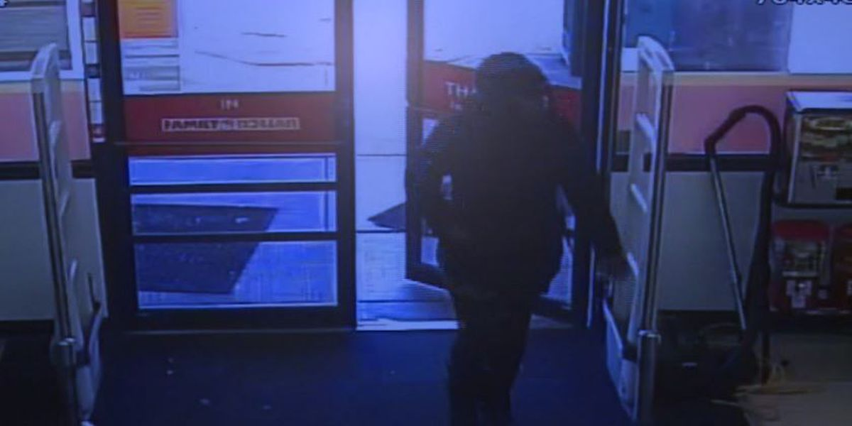 Police: Woman picked up knives off MO store shelf, fatally stabbed stranger